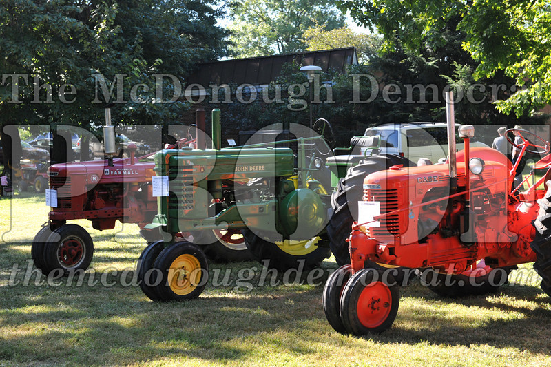 BT&CFF Antique Tractor & Small Engine 08-28-10 015