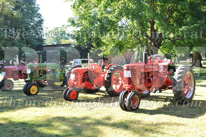 BT&CFF Antique Tractor & Small Engine 08-28-10 016