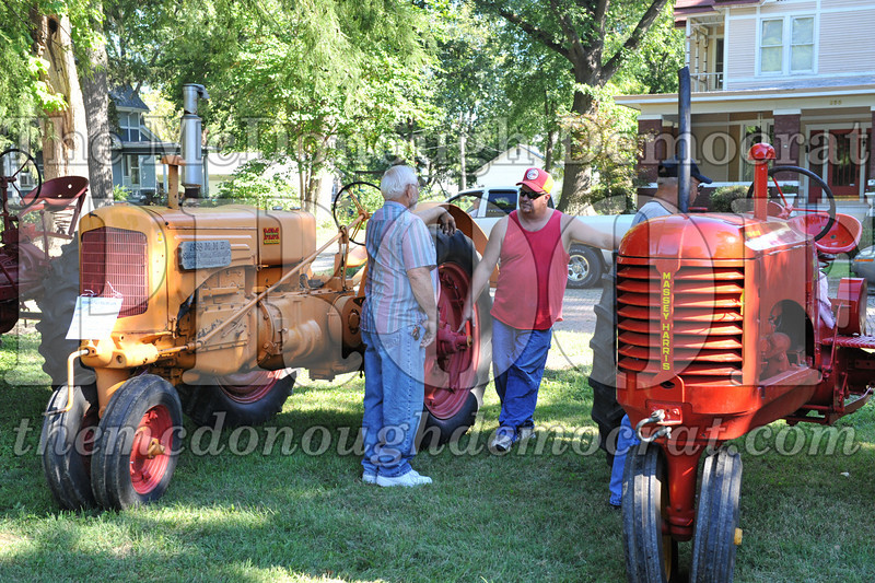 BT&CFF Antique Tractor & Small Engine 08-28-10 009
