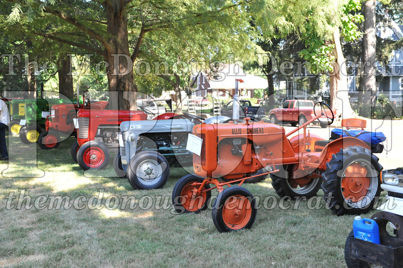 T&CFF Antique Tractor Show 08-27-11 002