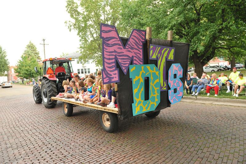 Fall Festival Parade 08-23-12 048