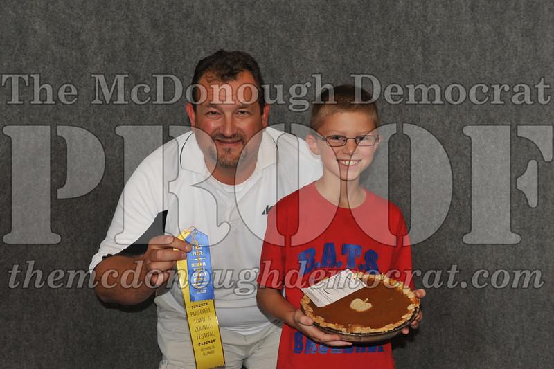 Fall Festival Pie n Cake Auction 08-25-12 015