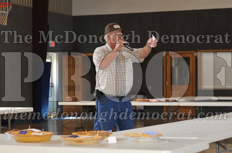 Fall Festival Pie n Cake Auction 08-25-12 007