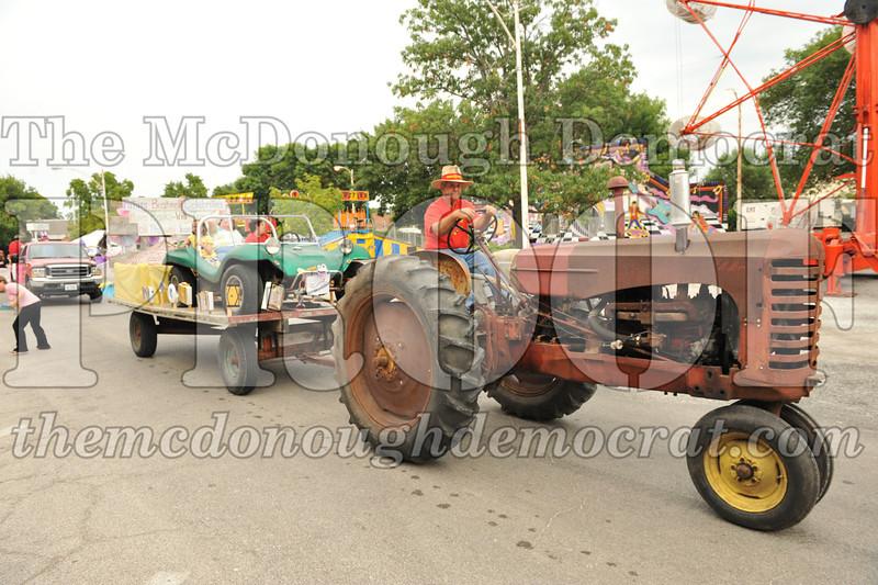 2013 Fall Festival Parade 08-22-13 049