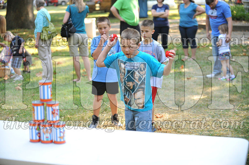 Kids Games in the Park 08-24-13 010