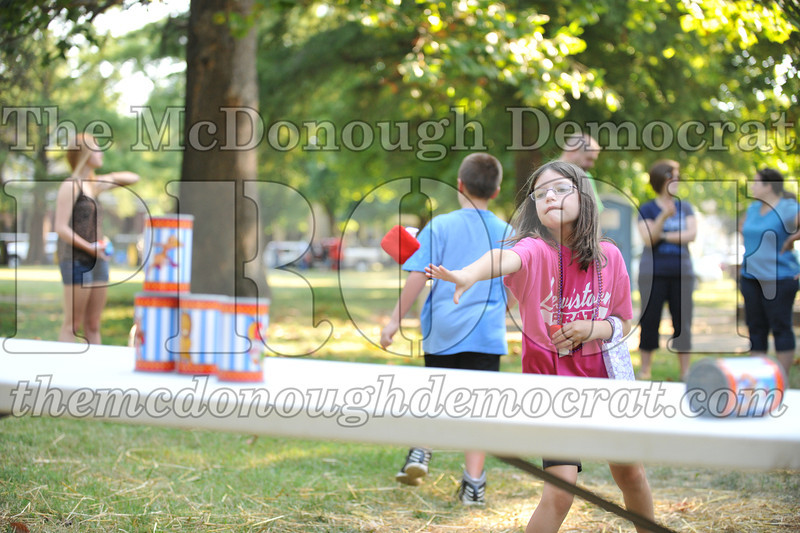 Kids Games in the Park 08-24-13 015