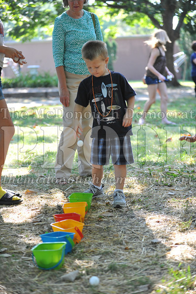 Kids Games in the Park 08-24-13 030