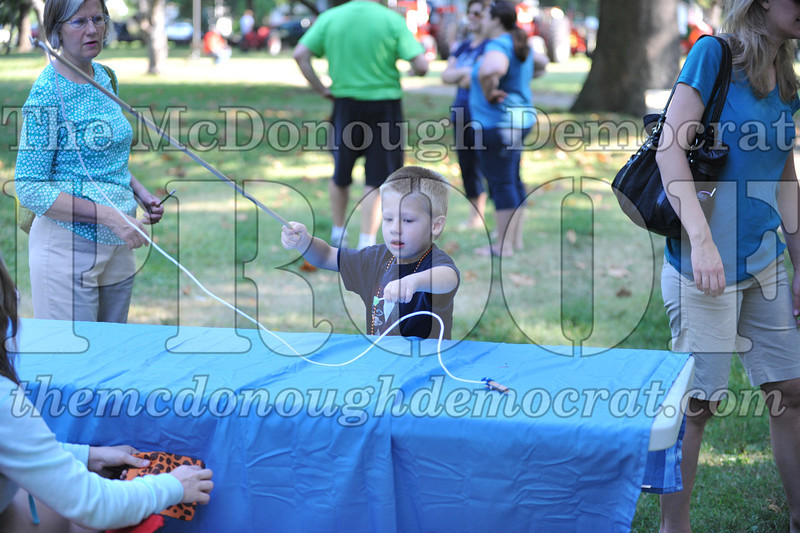 Kids Games in the Park 08-24-13 041