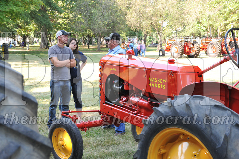 Tractor Show 08-24-13 019