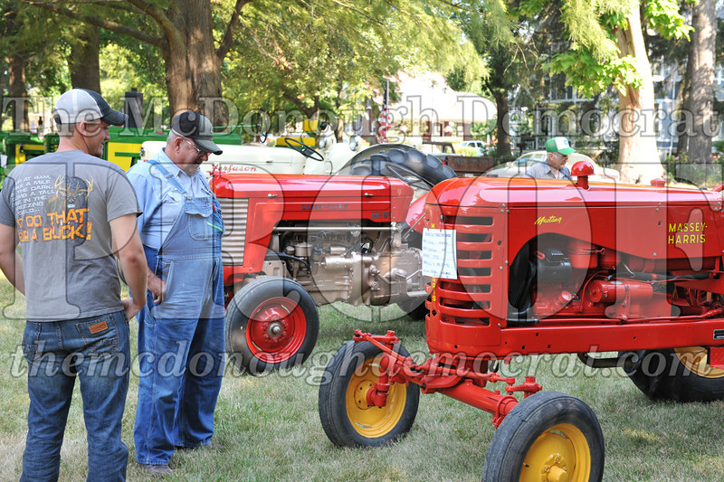 Tractor Show 08-24-13 016