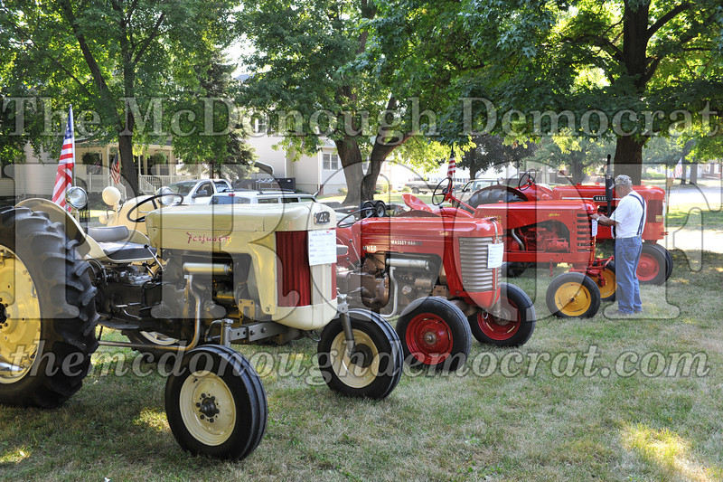 Tractor Show 08-24-13 008