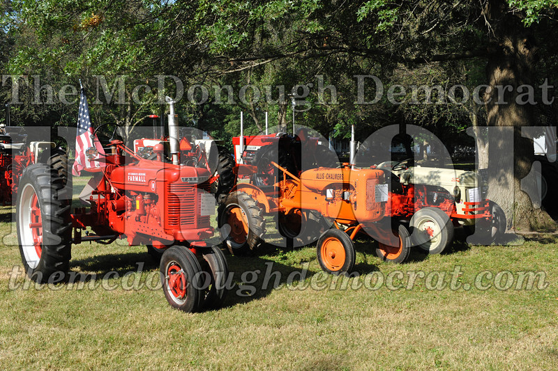 Tractor Show 08-24-13 011