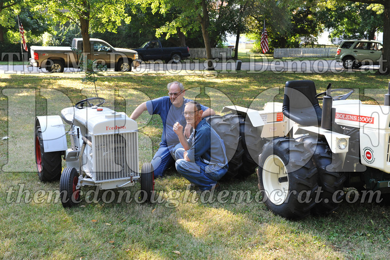 Tractor Show 08-24-13 012