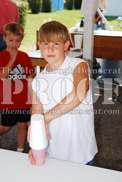 4H Lemonade Stand 08-25-07 023