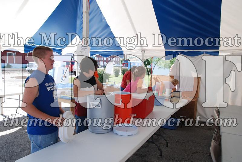 4H Lemonade Stand 08-25-07 001