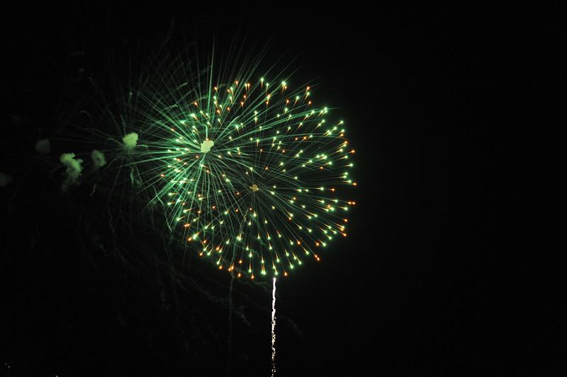 2011 Bushnell Fireworks 07-03-11 077
