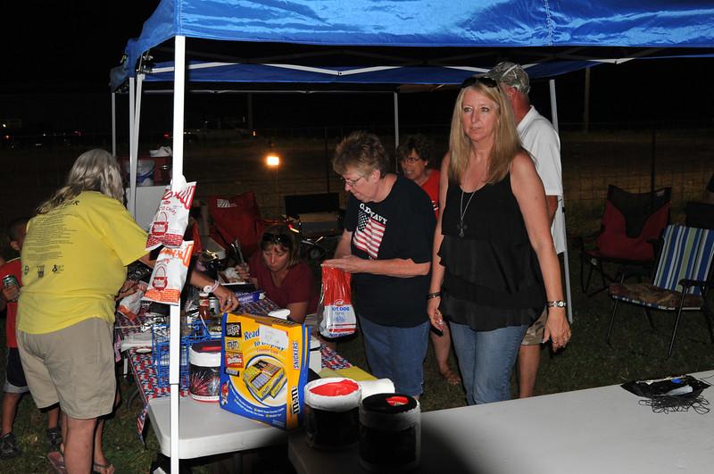 2011 Bushnell Fireworks 07-03-11 008