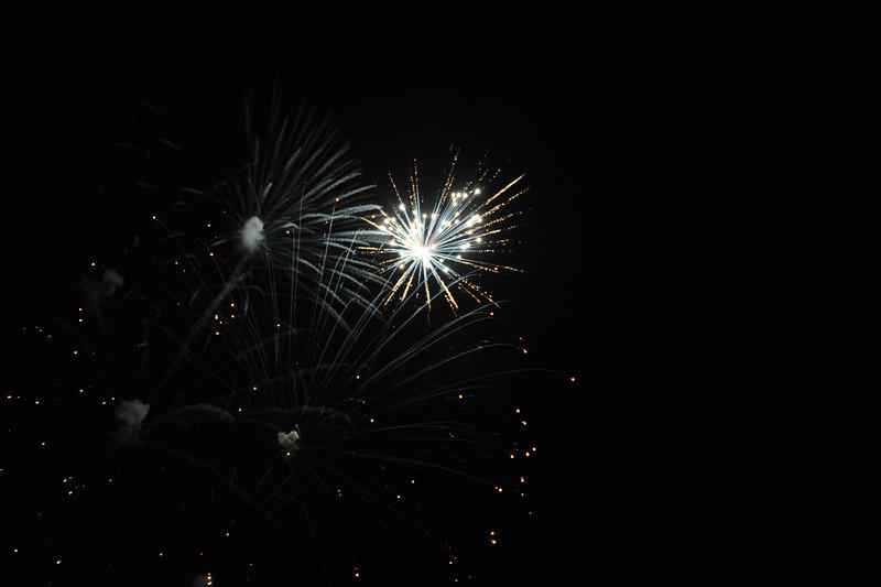 2011 Bushnell Fireworks 07-03-11 082
