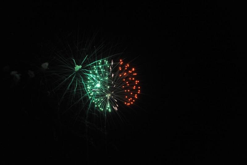 2011 Bushnell Fireworks 07-03-11 078