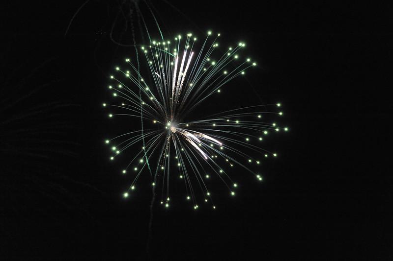 2011 Bushnell Fireworks 07-03-11 037