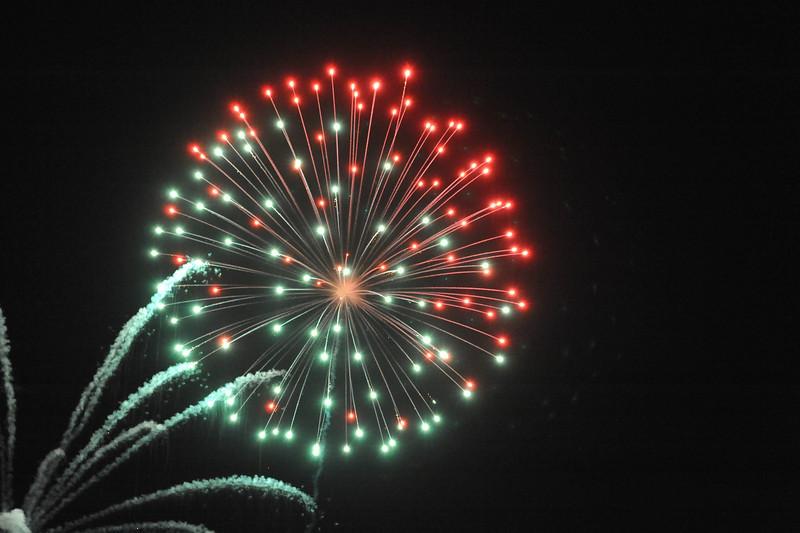 2011 Bushnell Fireworks 07-03-11 042