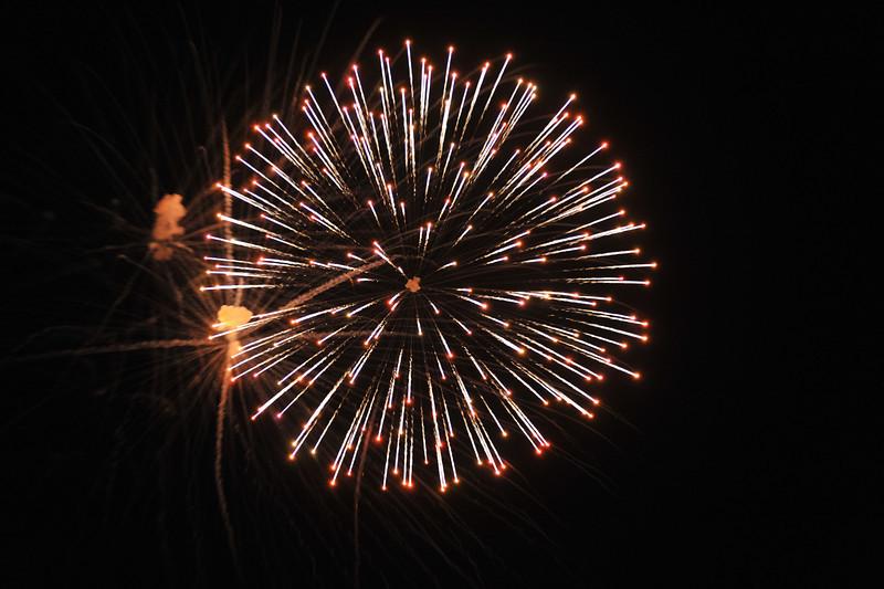 2011 Bushnell Fireworks 07-03-11 054