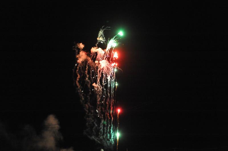 2011 Bushnell Fireworks 07-03-11 047