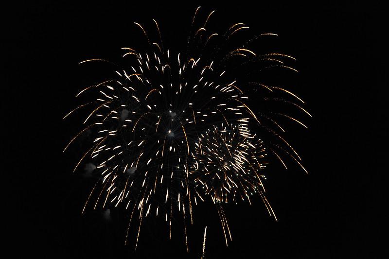 2011 Bushnell Fireworks 07-03-11 083