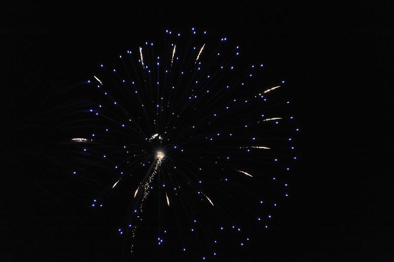 2011 Bushnell Fireworks 07-03-11 024