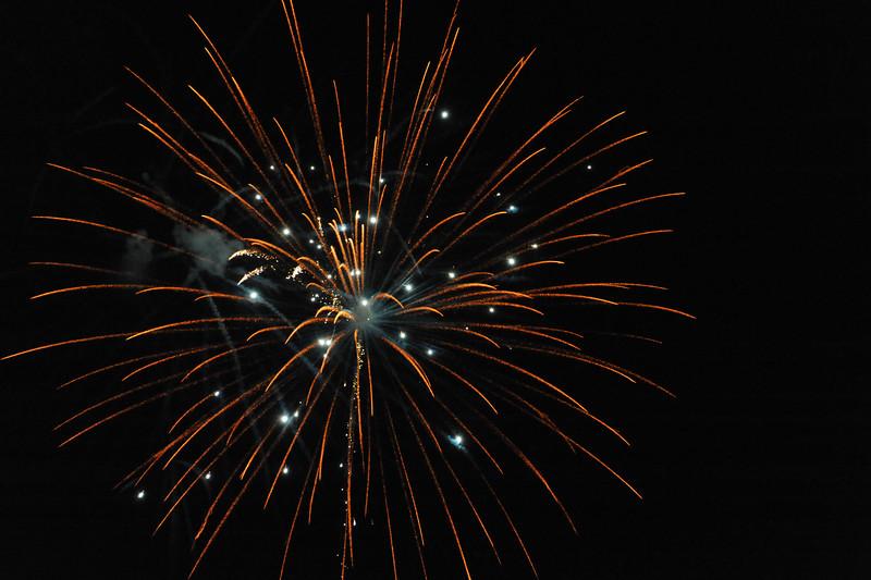 2011 Bushnell Fireworks 07-03-11 049