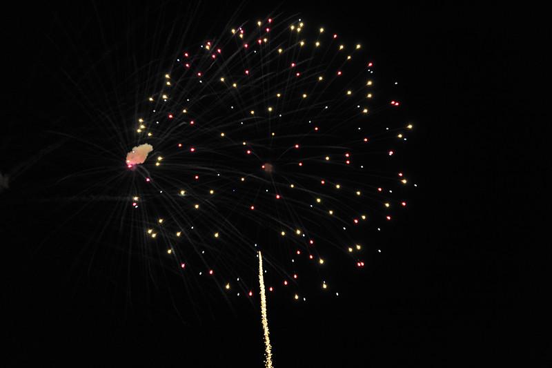 2011 Bushnell Fireworks 07-03-11 055