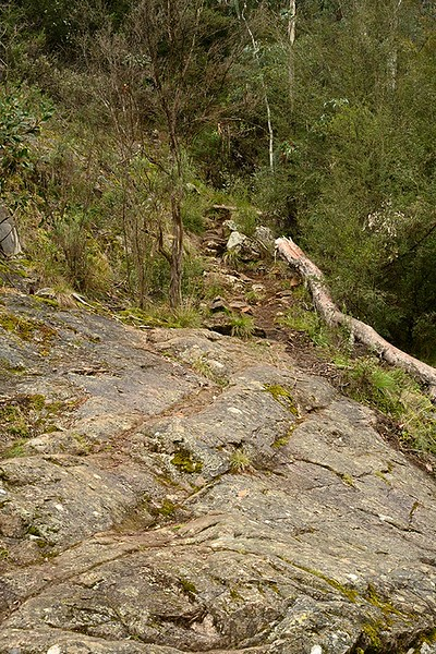The climb up from the upper falls