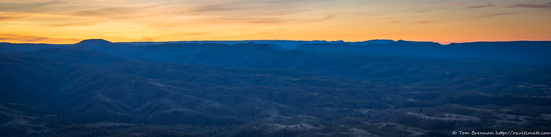 But we are distracted by a pretty sunset - Mt Colong and the Blue Breaks