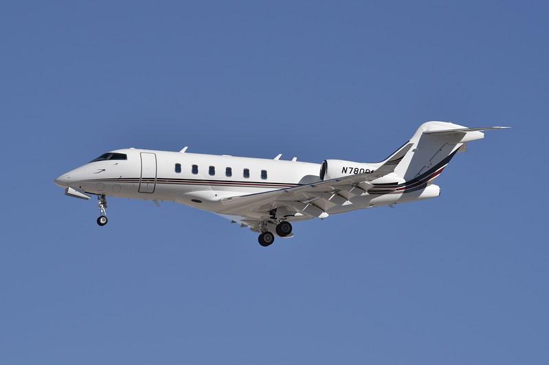 Netjets<br /> N780QS<br /> 2015 CL350<br /> c/n 20568<br /> <br /> 3/2/17 LAS