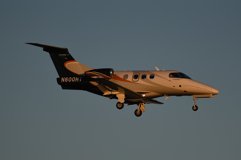 Divine Pasta Co<br /> N600HT<br /> 2009 Embraer Phenom 100<br /> c/n 00036<br /> <br /> 2/17/18 LAS