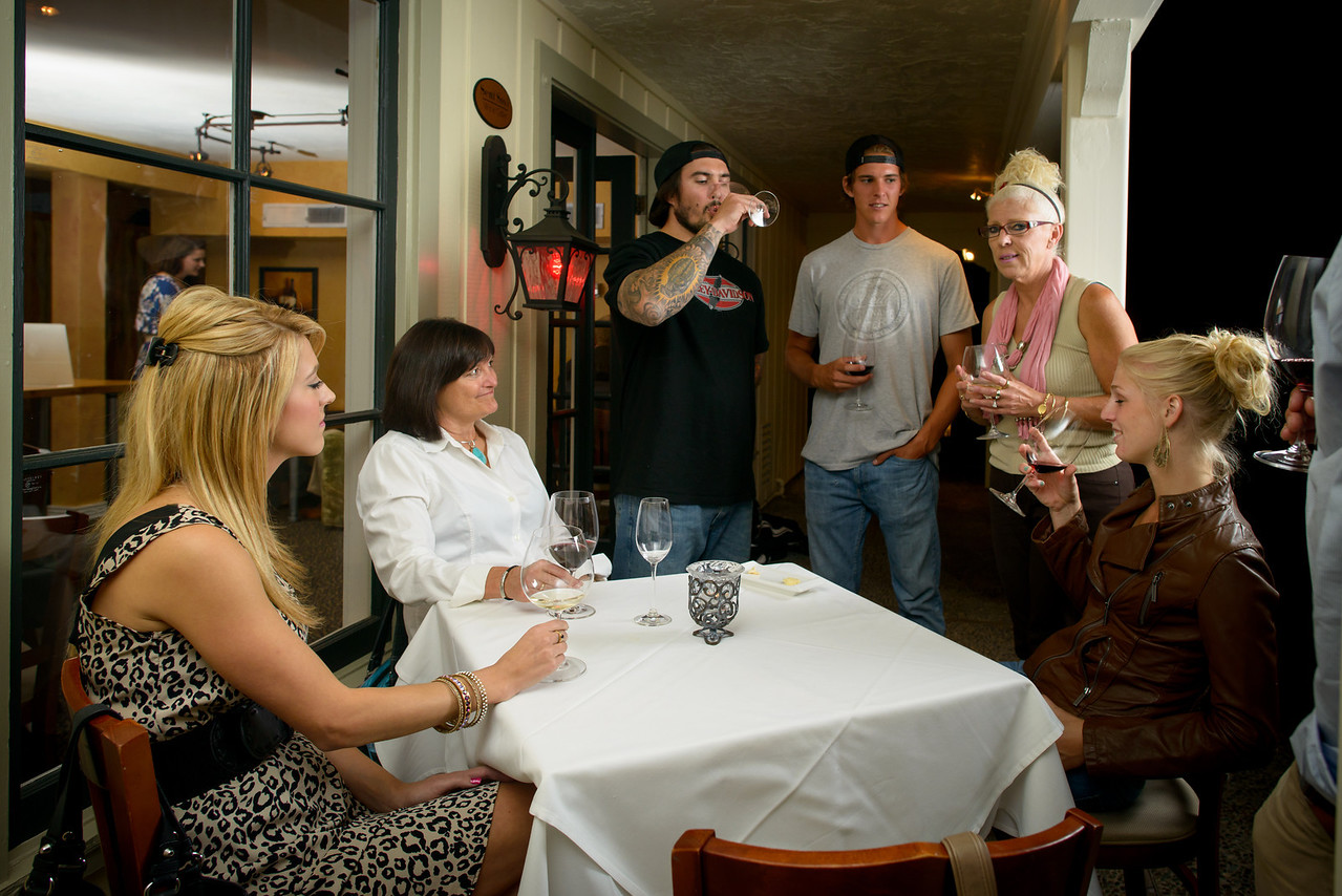 4090_d800a_Sent_Sovi_Wine_Bar_Saratoga_Restaurant_Event_Photography