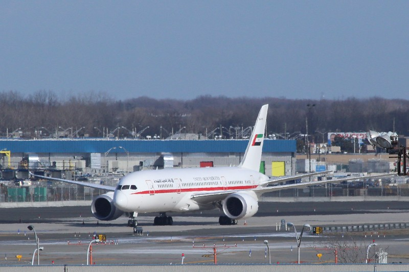 Boeing B787-8 (cn 35303) A6-PFC