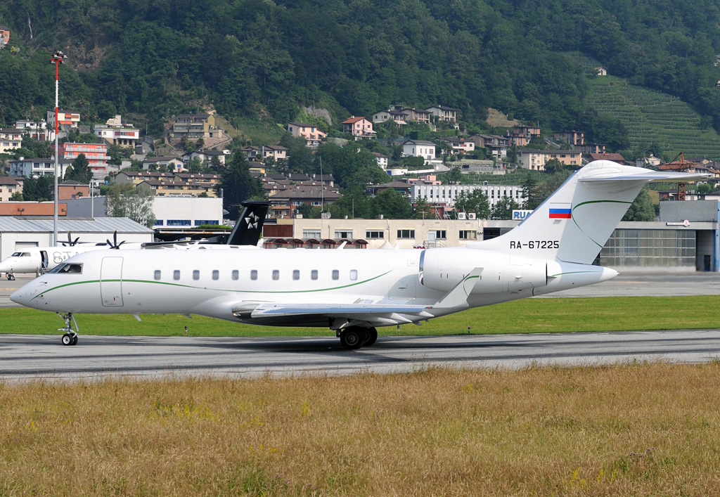 RA-67225 - GL5T - 02.06.2015