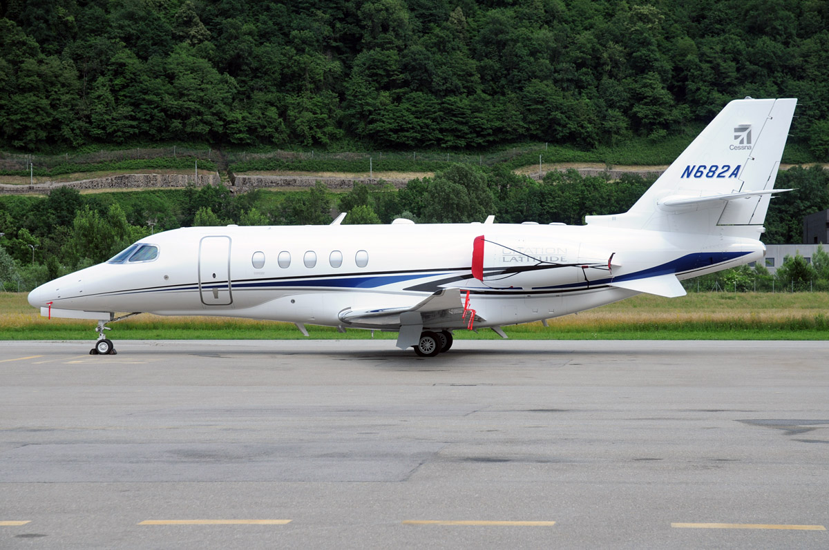 """N682A - C68A - 24.05.2015 - First """"Latitude"""" landing at Lugano Airport direct from EBACE'15"""