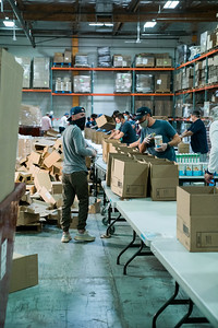 foodbank_tbirds volunteer -116