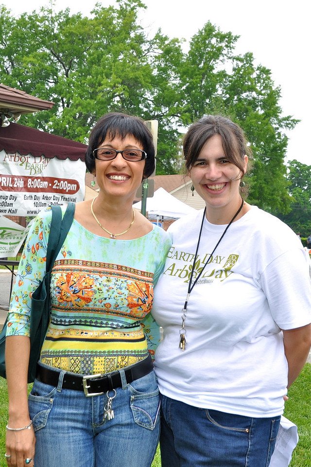 Gina Gutierrez and Hillary Pace, IT Planning-Earth Day Coordinator