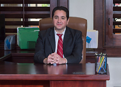 Robert Navar, El Paso's Traffic Ticket Attorney photographed by El Paso Portraits.  Visit our web site at http://elpasoportraits.com for your business portraits needs.