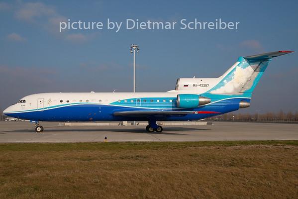2008-12-31 RA-42387 Yakovlev 42
