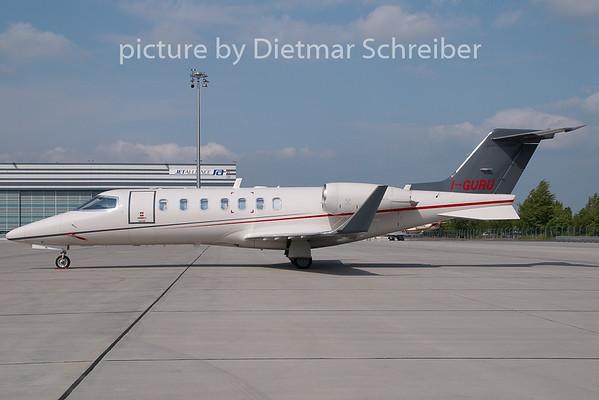 2009-05-04 I-GURU Learjet 40