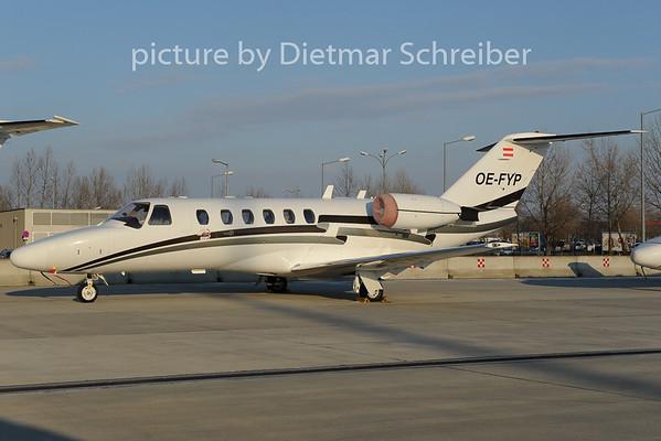 2012-12-12 OE-FYP Cessna 525