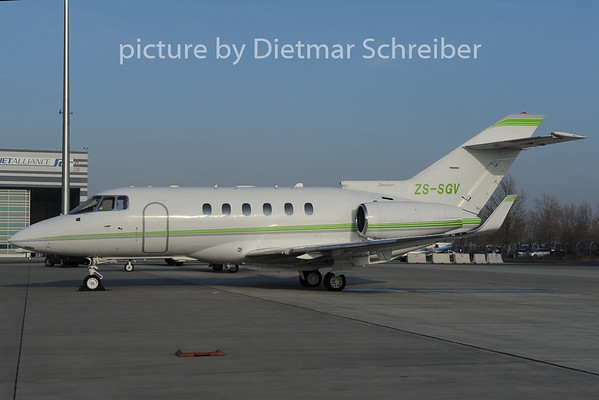 2012-12-13 ZS-SGV Bae125