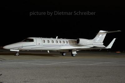 2013-11-19 OE-GXX Learjet 40