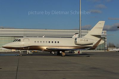 2013-12-02 VP-CJA Falcon 2000