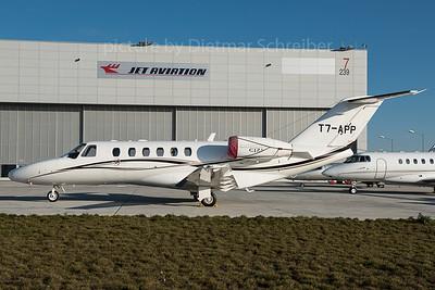 2015-12-30 T7-APP Cessna 525