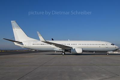 2017-12-18 N88ZL Boeing 737-800 LOWA